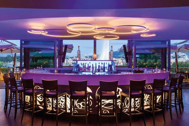 FloorTwo-Bar-Hotel-Kempinsk