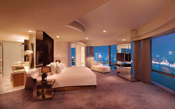 Presidential-Suite-Bedroom
